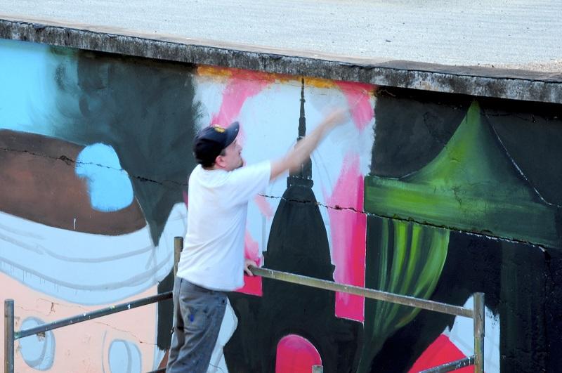 ozmo-visione-di-tondalo-new-mural-in-turin-04