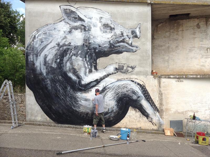 roa-new-mural-in-sadali-sardinia-01