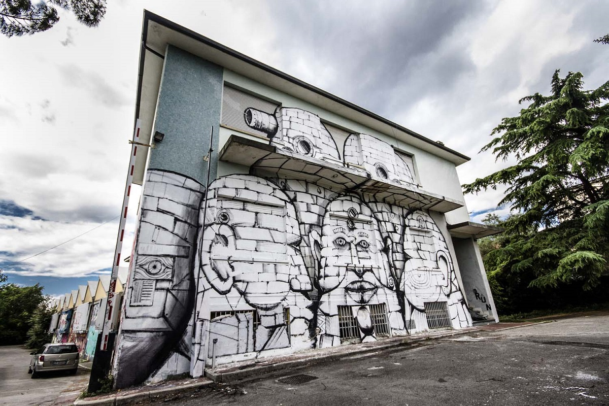 run-new-mural-at-emerson-in-florence-12