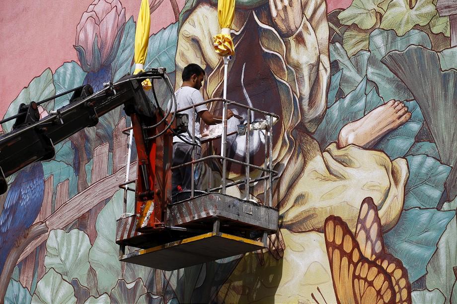 rustam-qbic-new-mural-in-istanbul-turkey-02