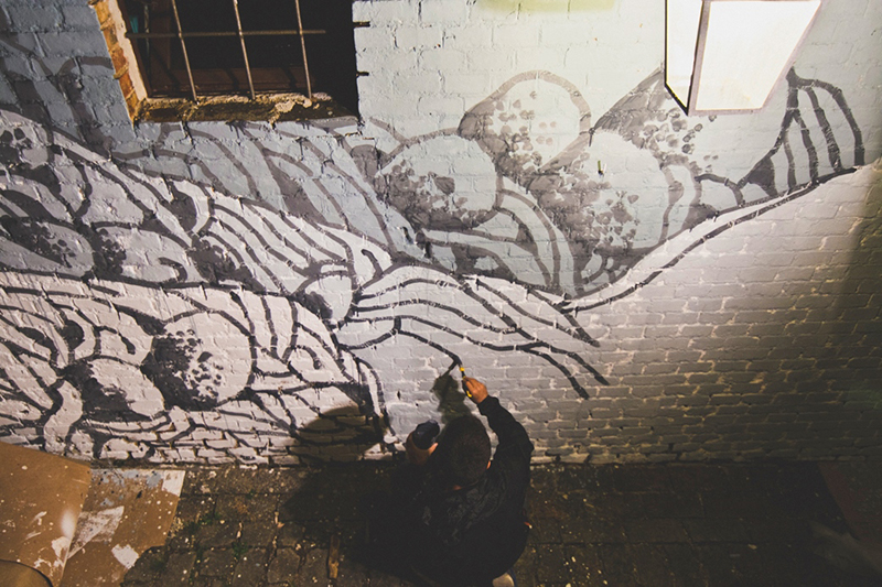 tellas-new-mural-for-festival-popup-01