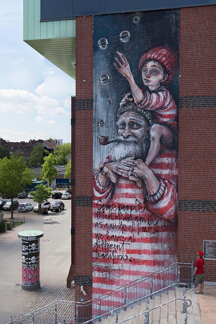herakut-new-mural-in-sankt-pauli-16