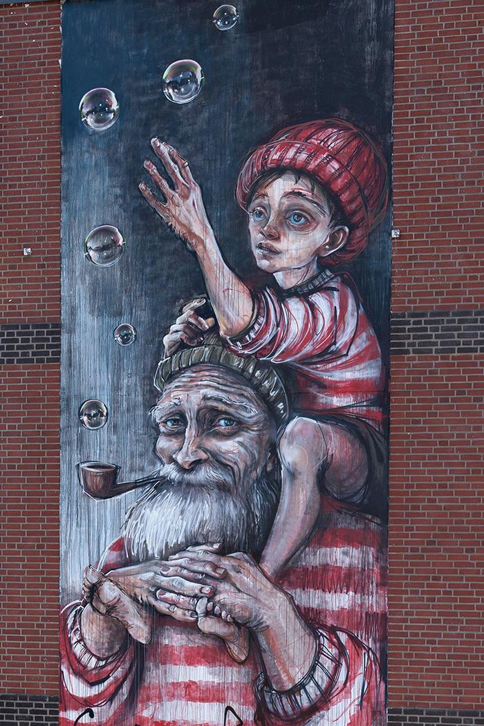 herakut-new-mural-in-sankt-pauli-17