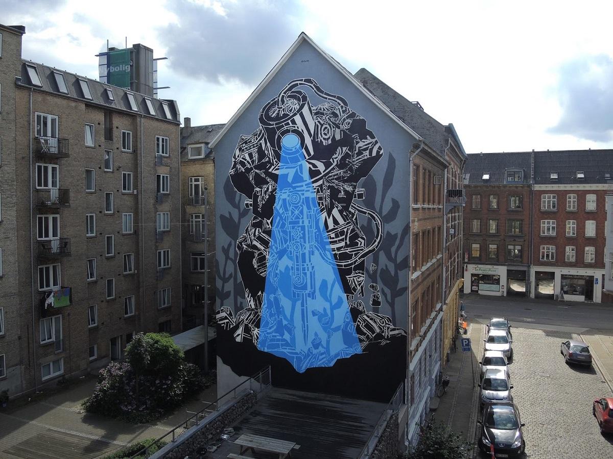 m-city-new-mural-in-aalborg-denmark-01
