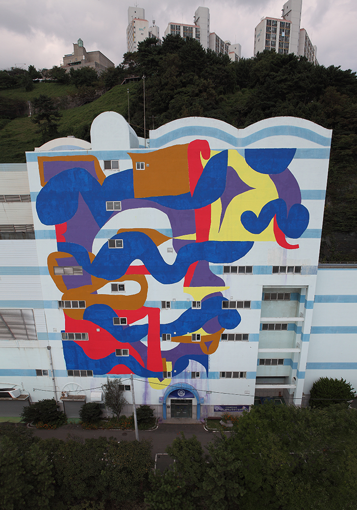mattia-lullini-new-mural-in-busan-south-korea-03