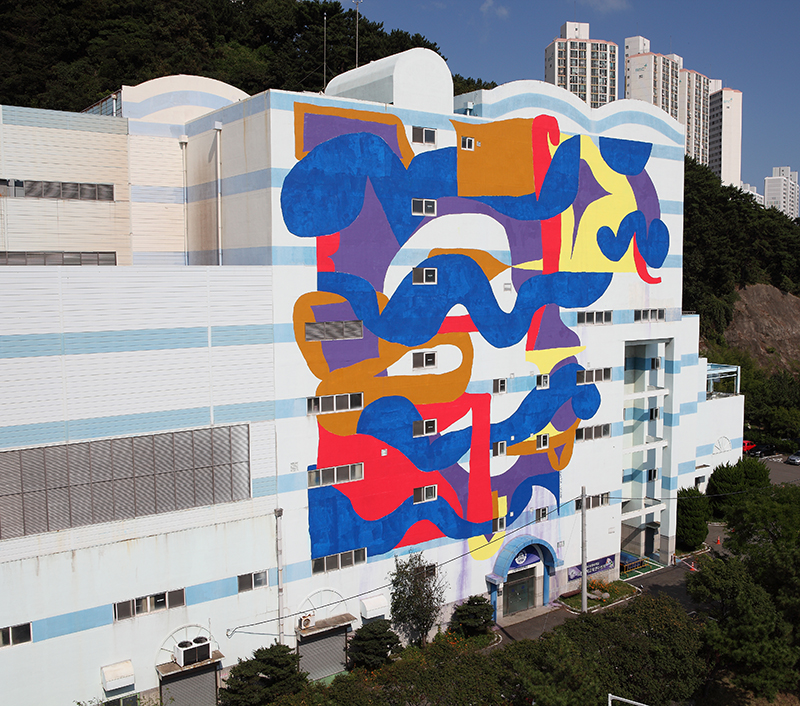 mattia-lullini-new-mural-in-busan-south-korea-04