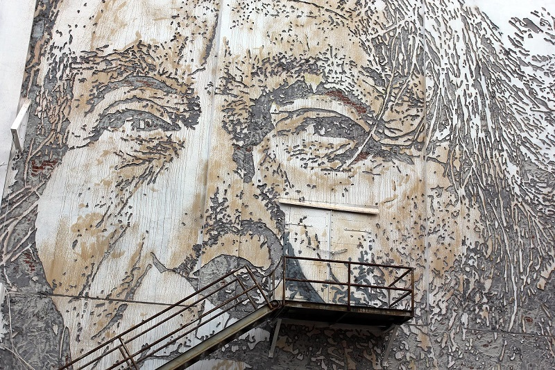 vhils-for-the-unexpected-street-art-festival-03