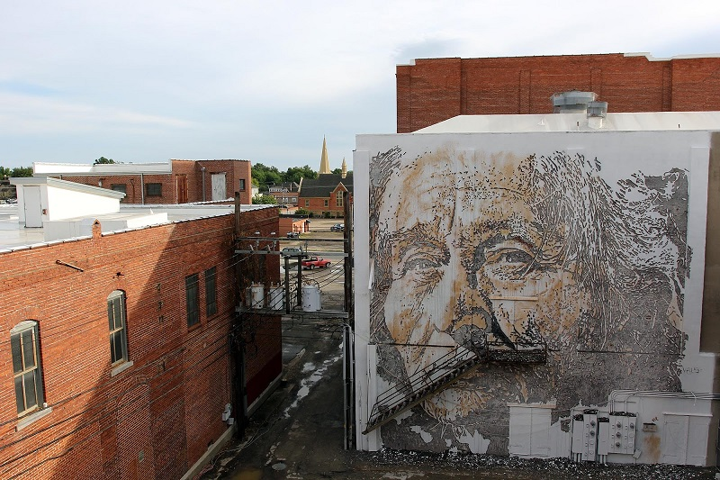 vhils-for-the-unexpected-street-art-festival-05