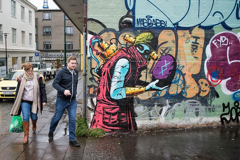 deih-new-murals-in-reykjavik-iceland-08