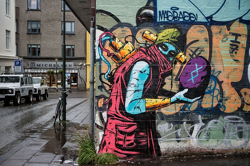 deih-new-murals-in-reykjavik-iceland-09
