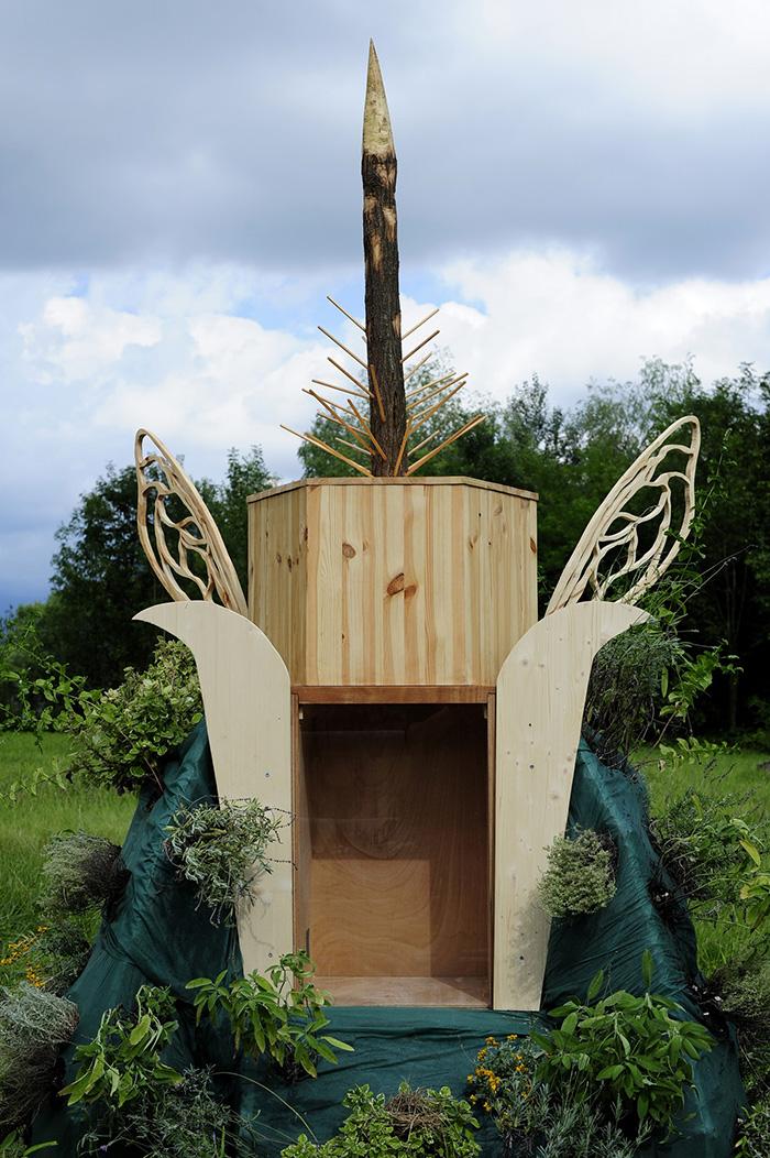 gola-hundun-new-installation-at-lago-di-revine-07