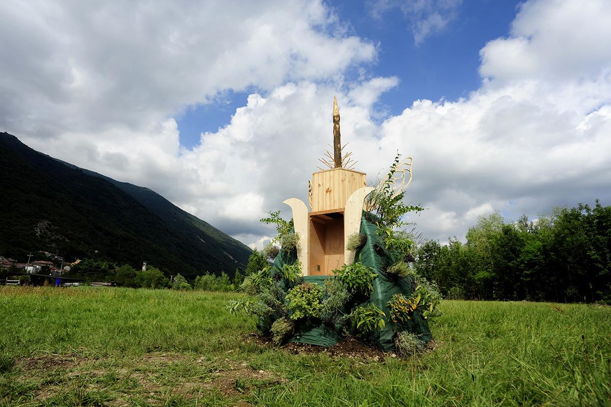 gola-hundun-new-installation-at-lago-di-revine-12