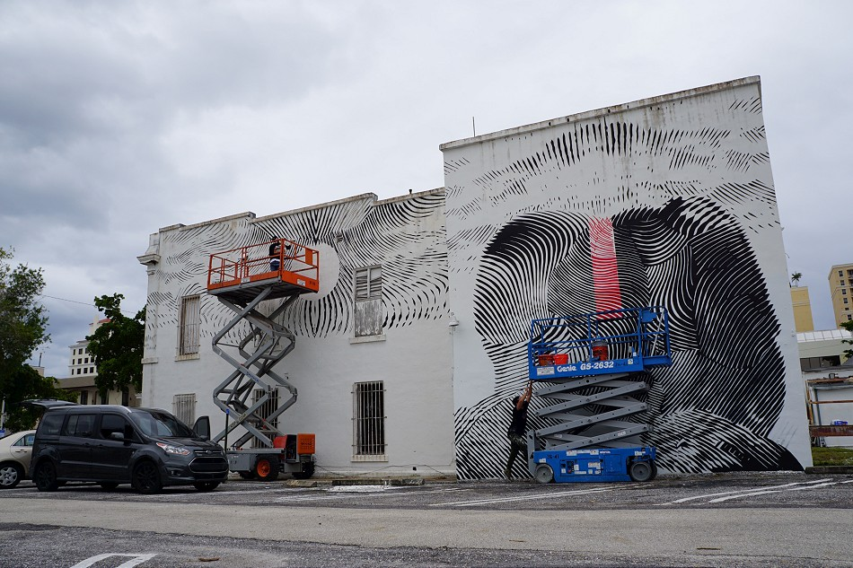 2alas-new-mural-in-west-palm-beach-02