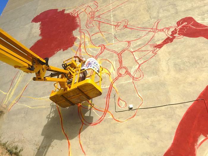 luca-zamoc-new-mural-in-bunol-spain-01