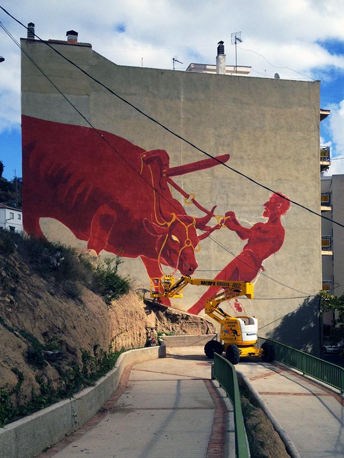 luca-zamoc-new-mural-in-bunol-spain-03