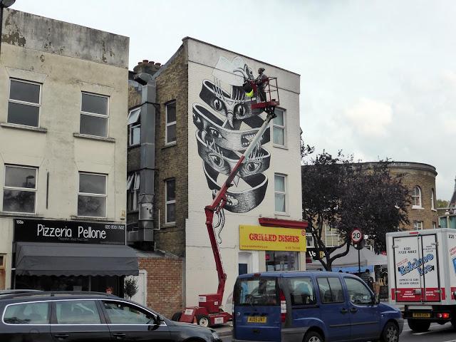 phlegm-new-mural-in-london-02
