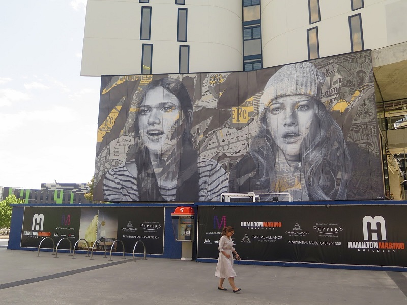 rone-edge-of-your-seat-new-mural-in-melbourne-01