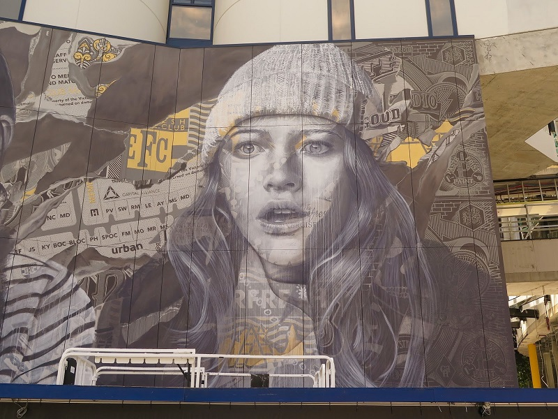 rone-edge-of-your-seat-new-mural-in-melbourne-05