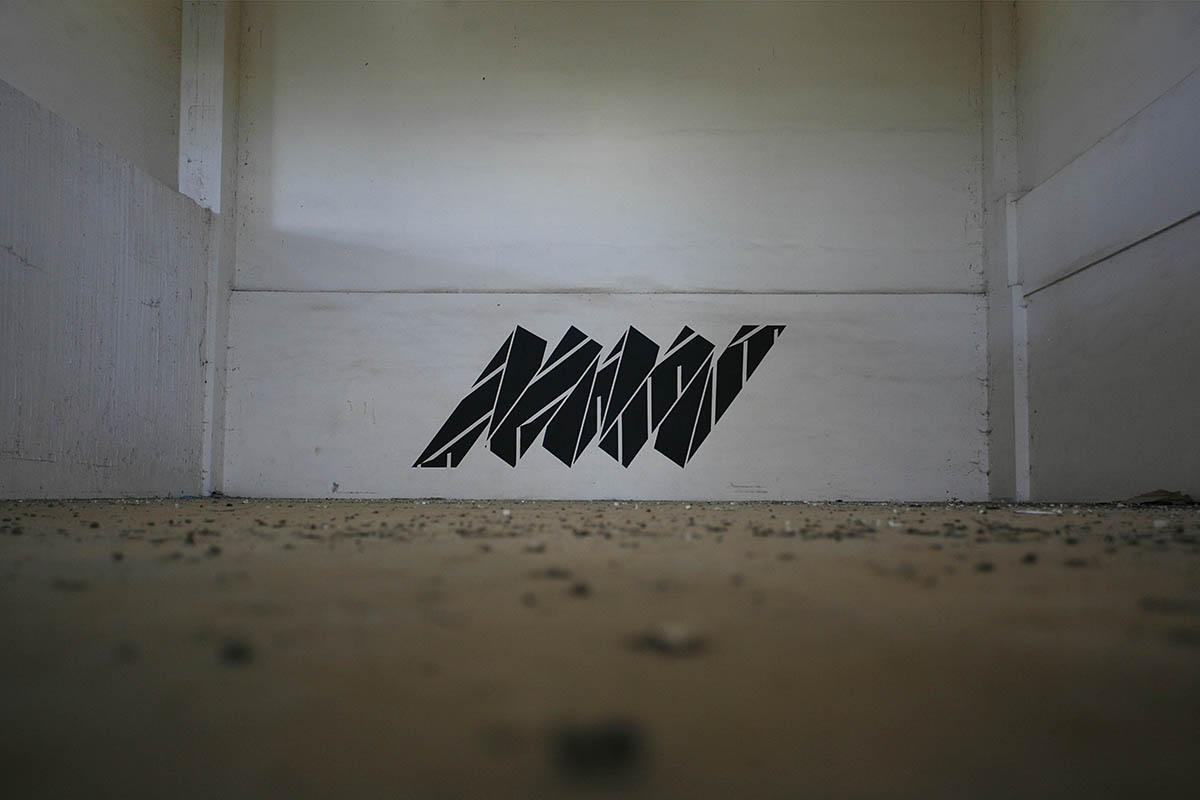 simek-new-piece-in-greece-06