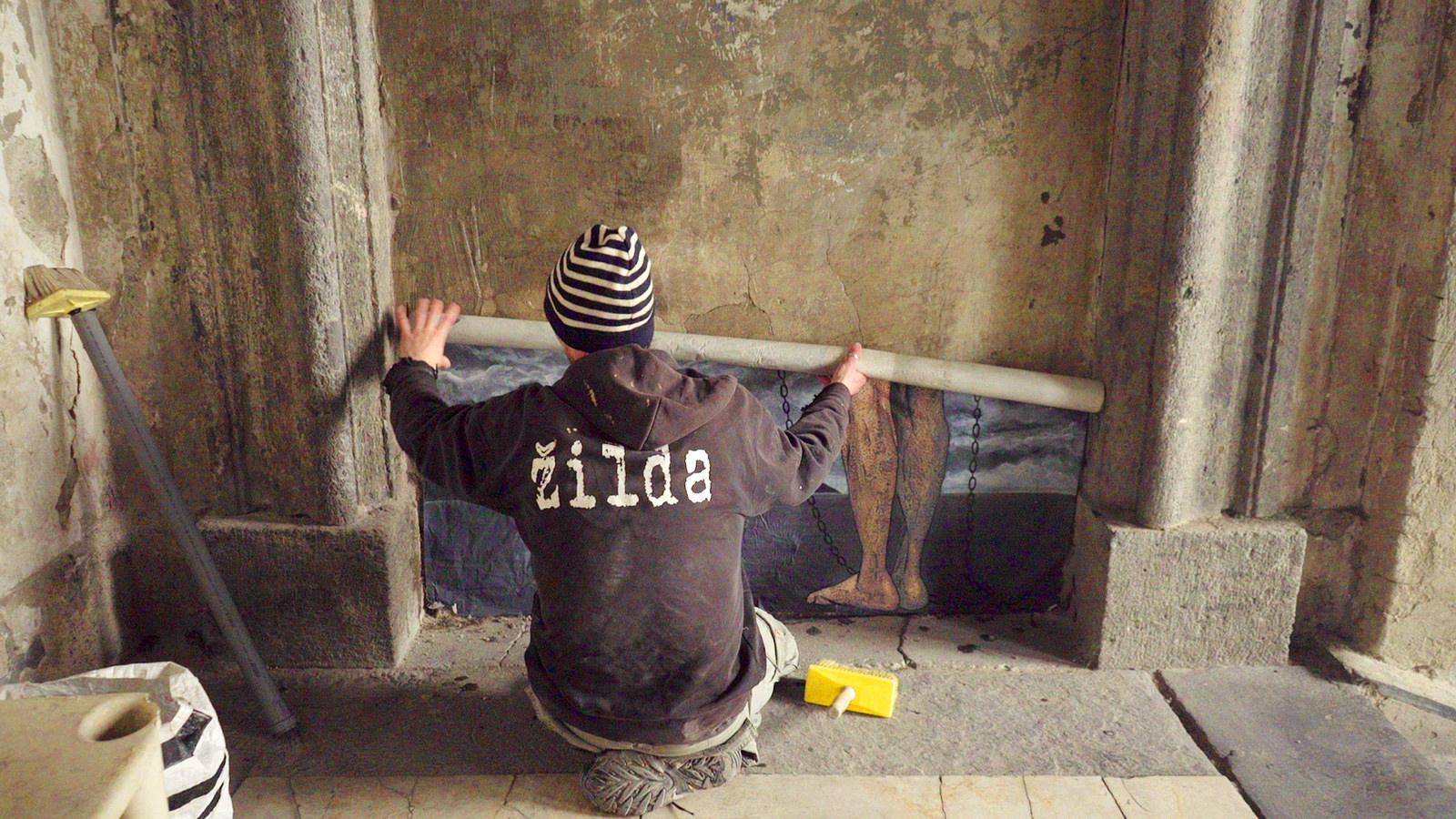 zilda-new-piece-in-palazzo-sanfelice-naples-01