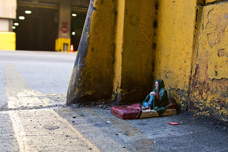 isaac-cordal-new-pieces-in-new-york-04