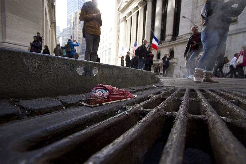 isaac-cordal-new-pieces-in-new-york-14