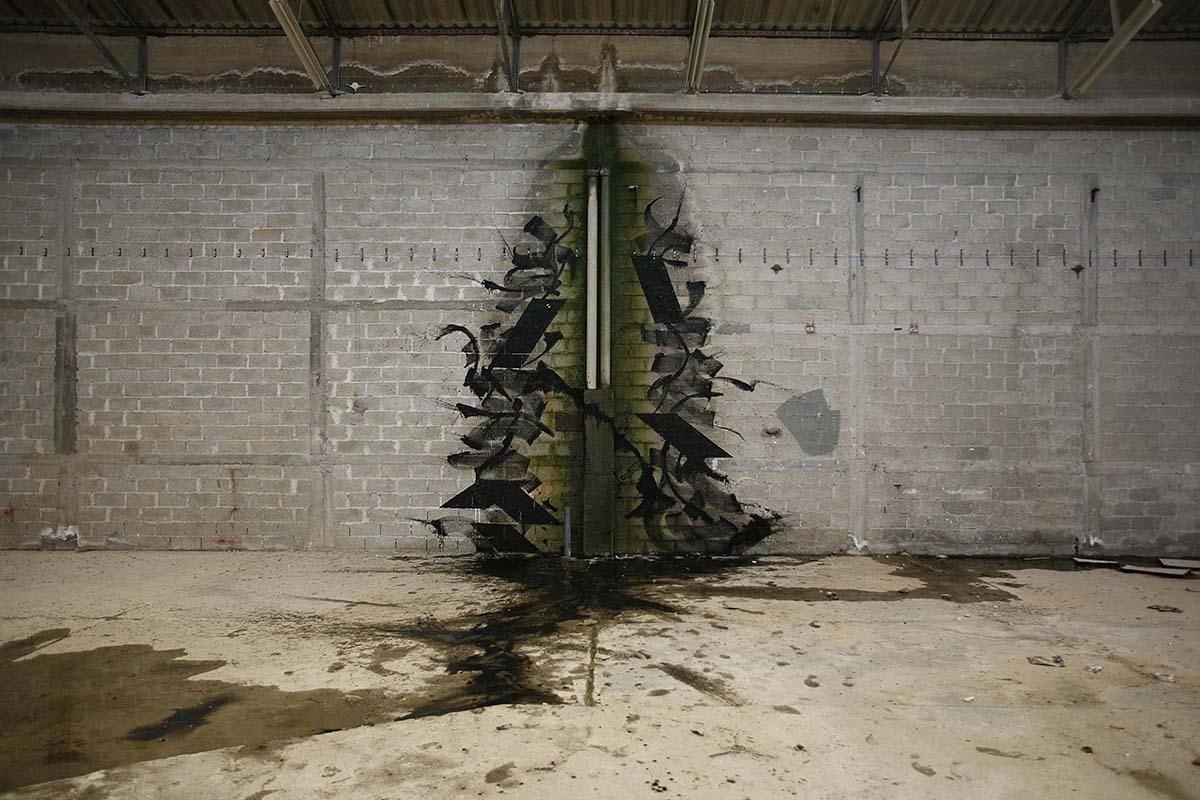 blaqk-new-mural-in-abandoned-factory-in-greece-01