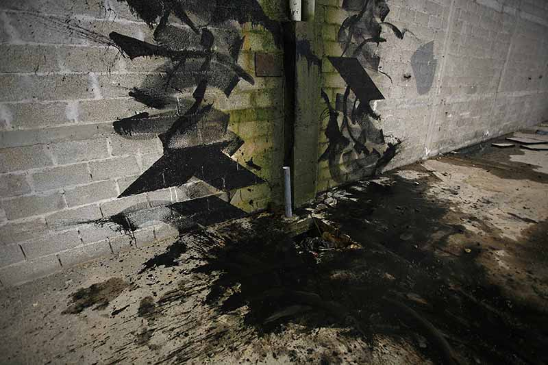 blaqk-new-mural-in-abandoned-factory-in-greece-04