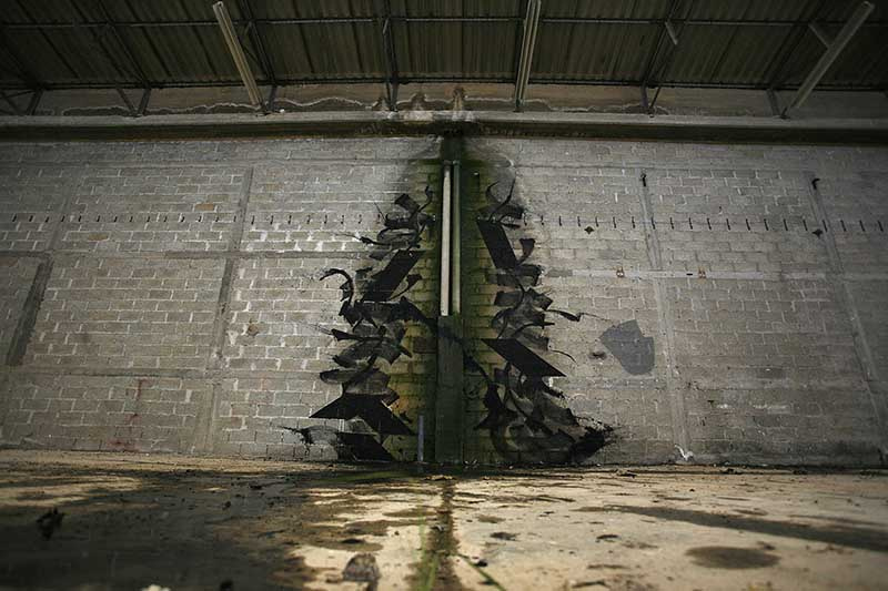 blaqk-new-mural-in-abandoned-factory-in-greece-06
