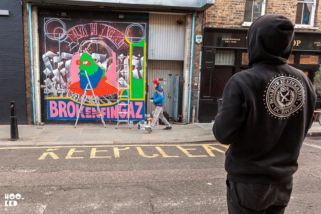 broken-fingaz-new-mural-in-london-02