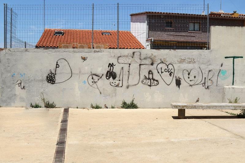 escif-new-murals-in-font-de-la-polvora-girona-03