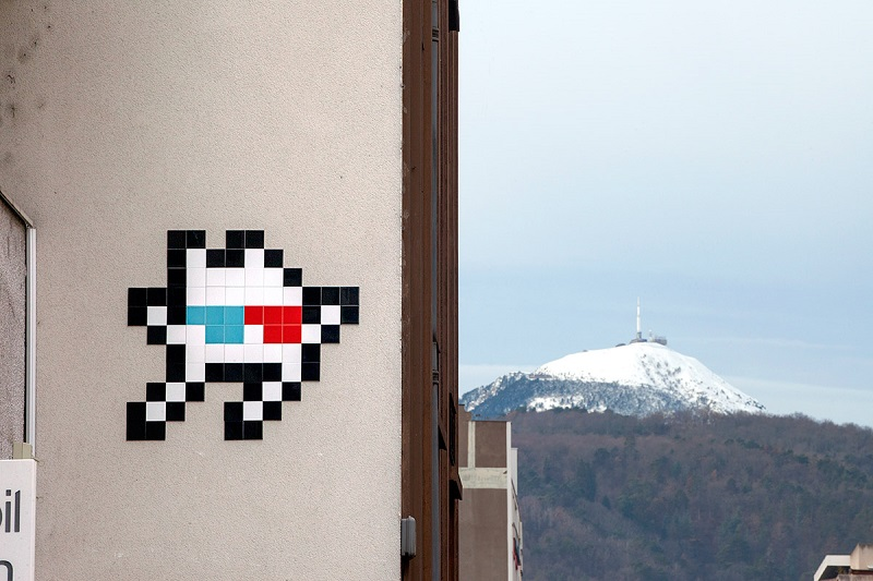 invader-in-clermont-ferrand-france-02