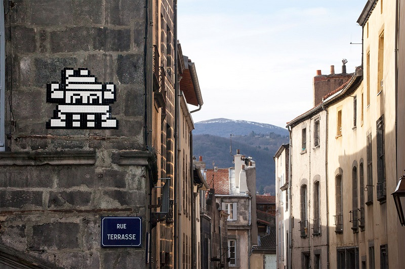 invader-in-clermont-ferrand-france-10