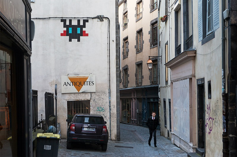 invader-in-clermont-ferrand-france-13