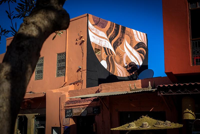 mural - lucy mclauchlan - marrakech, place des epices