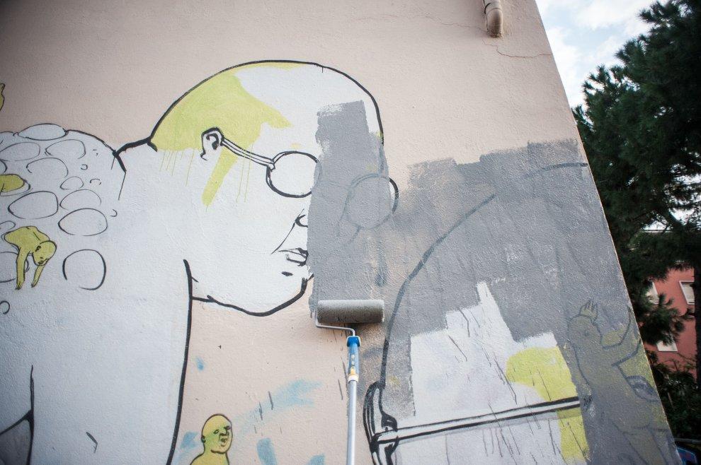 blu-has-buffed-his-murals-bologna-04