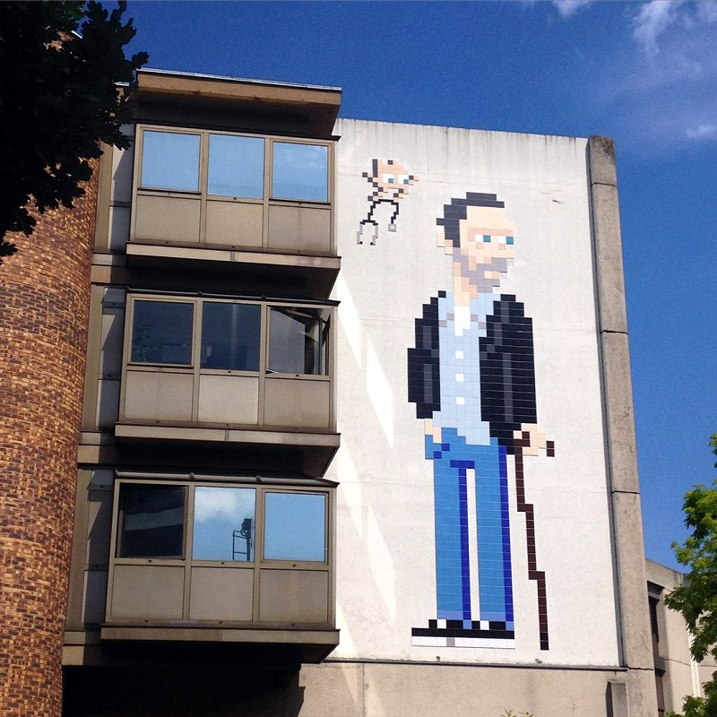 invader-dr-house-new-piece-paris-03