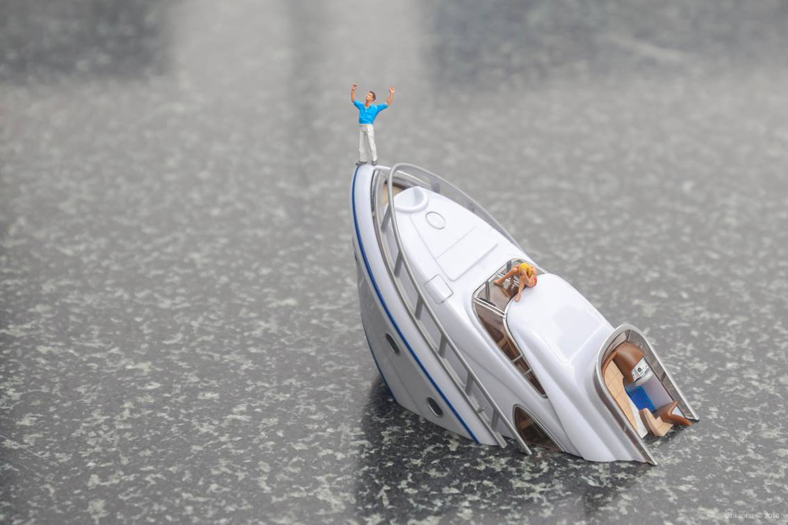slinkachu-new-pieces-dubai-11