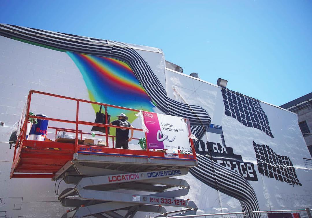 felipe-pantone-for-mural-festival-2016-02