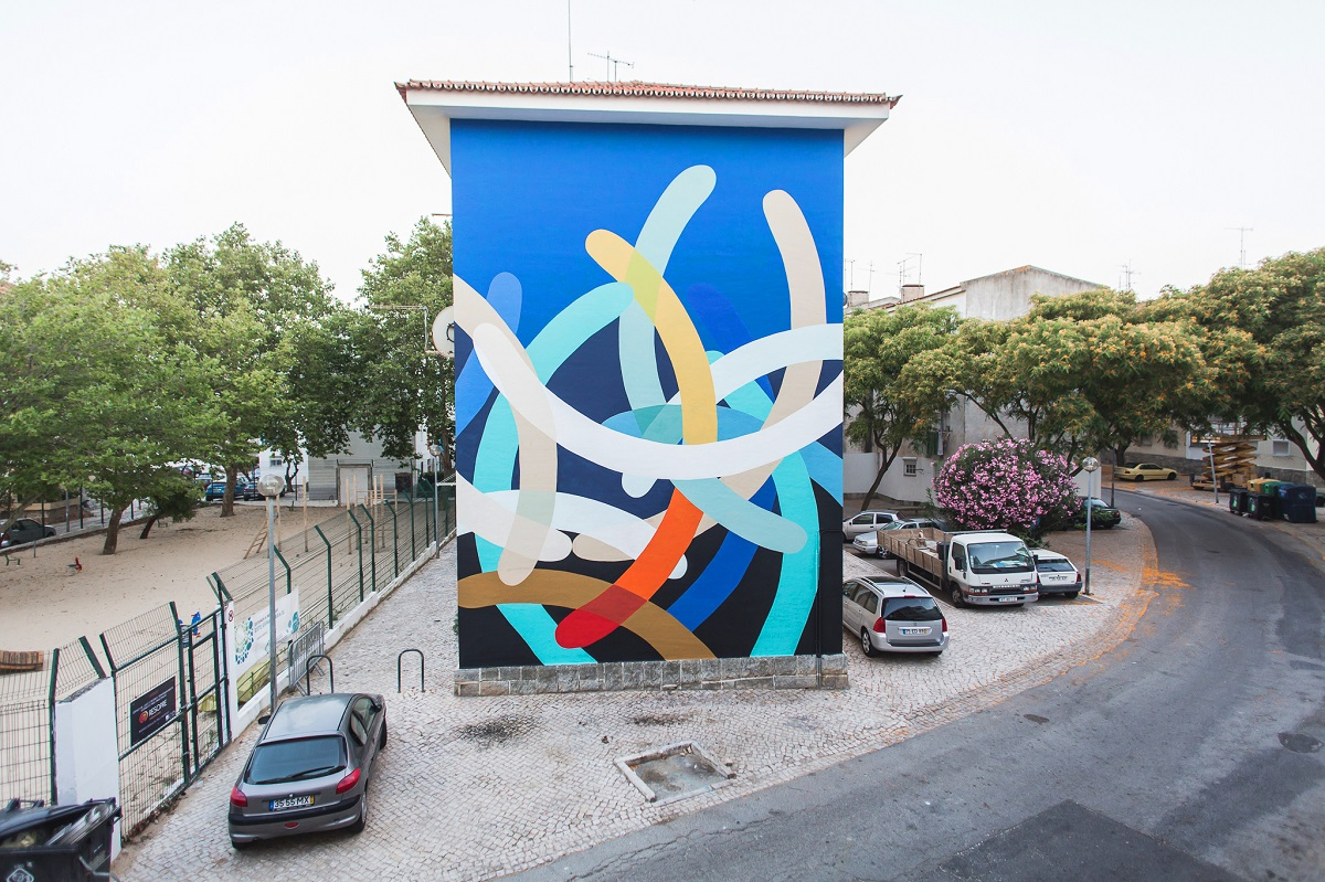moneyless-new-mural-cascais-portugal-01