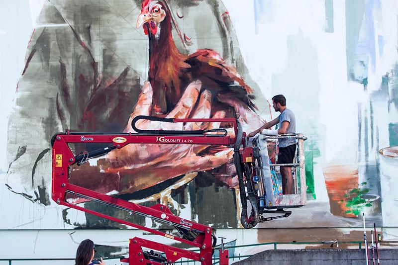 sebas-velasco-mesa-mural-lioni-08