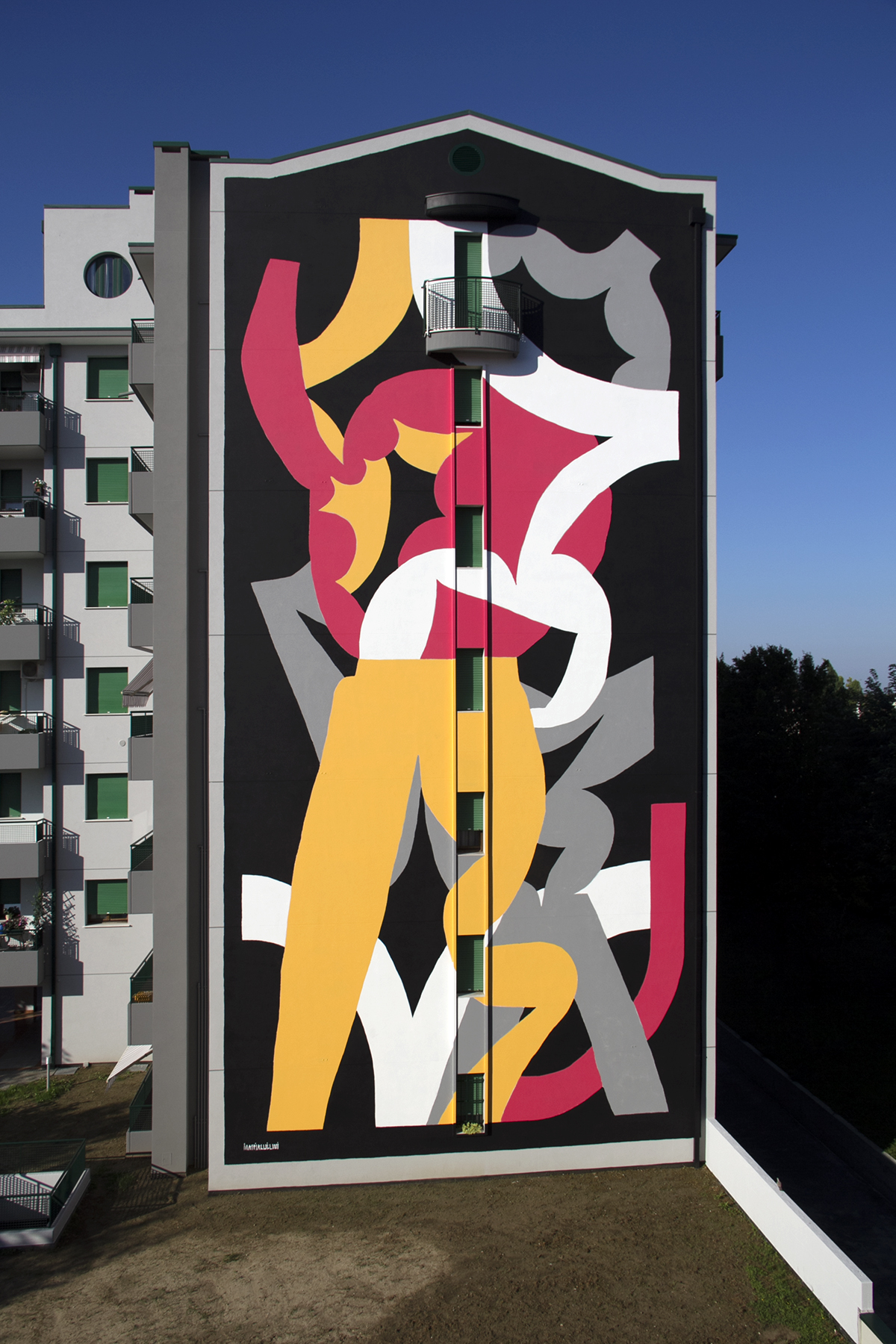Mattia Lullini new-mural-pordenone-01