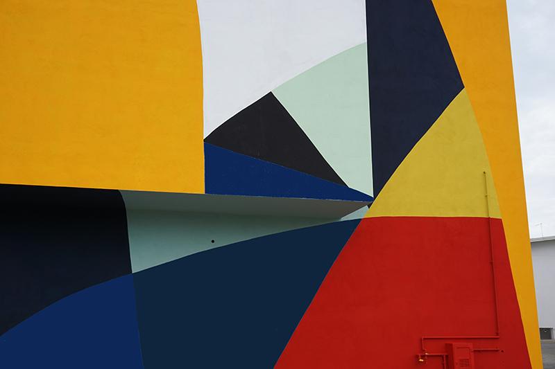 moneyless-new-mural-lioni-02