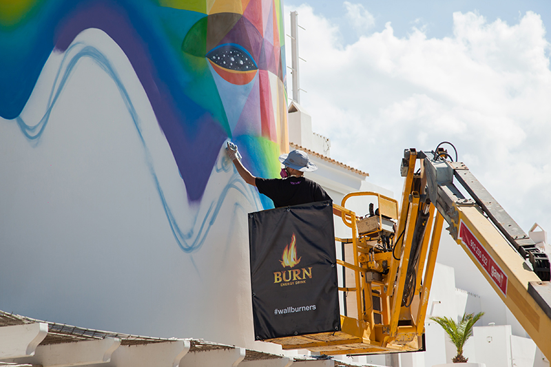 felipe-pantone-okuda-wall-burners-project-02
