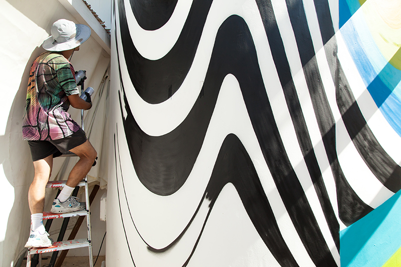 felipe-pantone-okuda-wall-burners-project-07