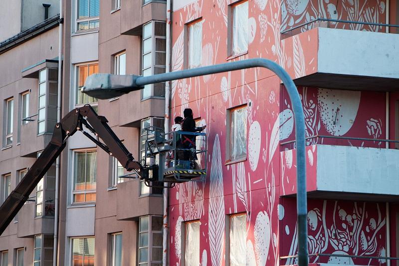 tellas-new-mural-helsinki-03