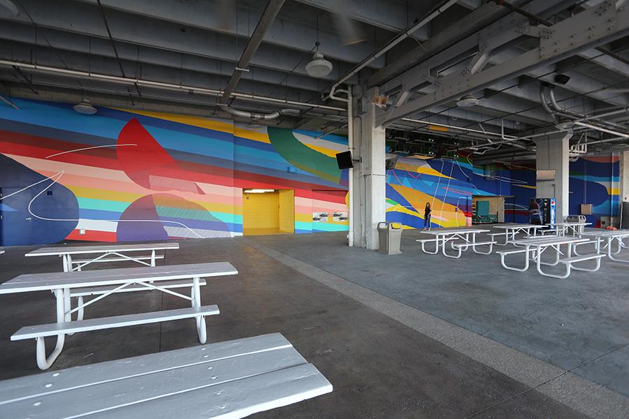 momo-miami-dolphins-stadium-03