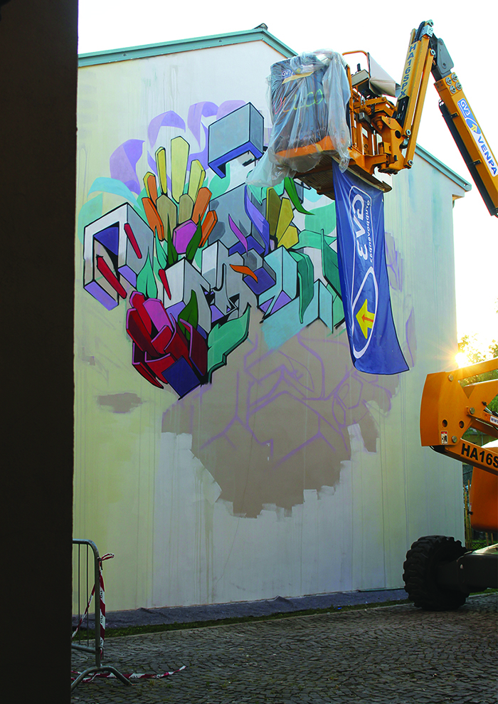 Etnik Street Art Dolo