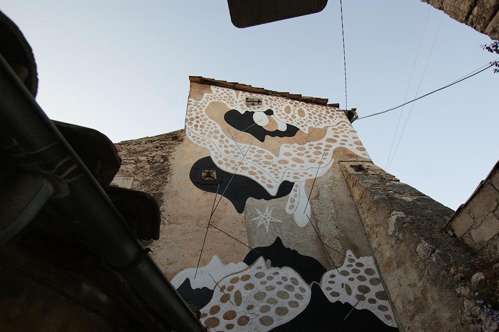 Aris Borgo Universo Street Art Aielli