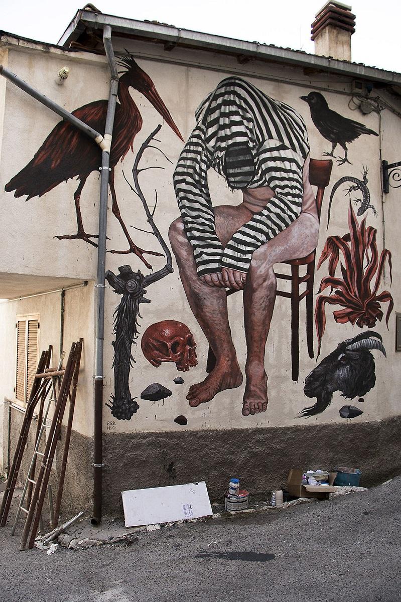Nicola Alessandrini Street Art Borgo Universo Aielli